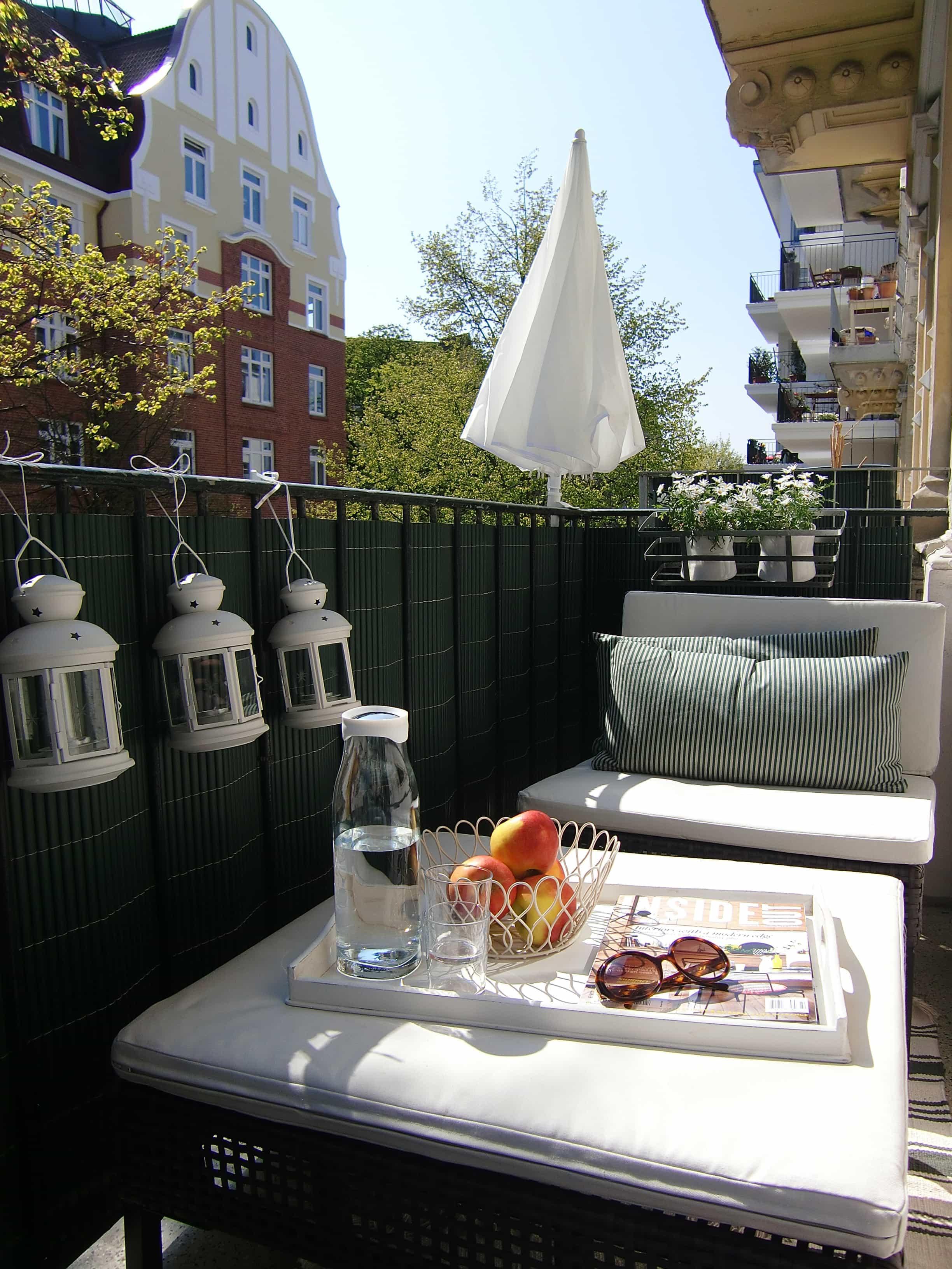 frierst du noch oder bereitest du dich schon auf den sommer vor hier gibt s tolle balkonm bel. Black Bedroom Furniture Sets. Home Design Ideas