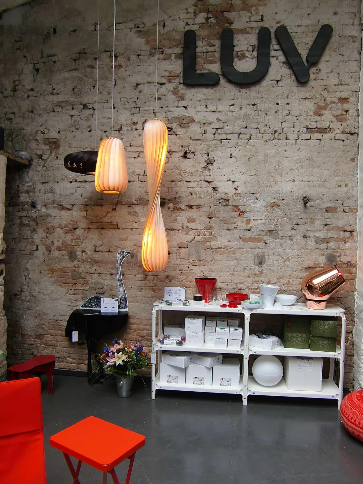 hamburg hat jetzt luv einen supercoolen neuen interior. Black Bedroom Furniture Sets. Home Design Ideas