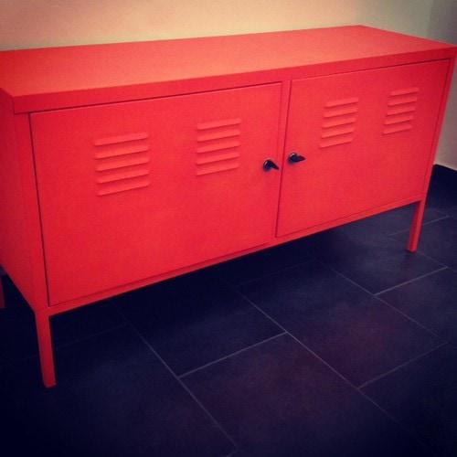Den PS-Schrank von Ikea farbig ansprühen. | Ohhh… Mhhh…