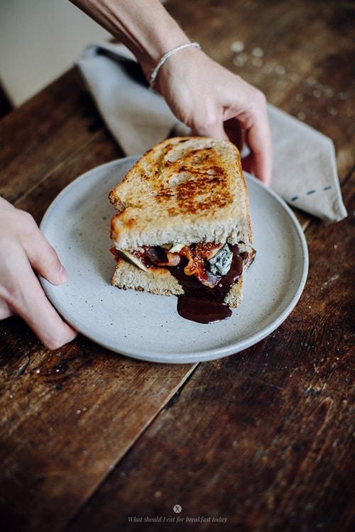 bacon_chocolate_blue_cheese_fig_sandwich_4