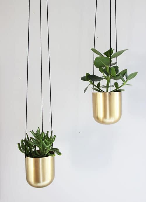 neues buch neue schreibtischecke tsch ss bunt hallo schwarzwei gold silber ohhh mhhh. Black Bedroom Furniture Sets. Home Design Ideas