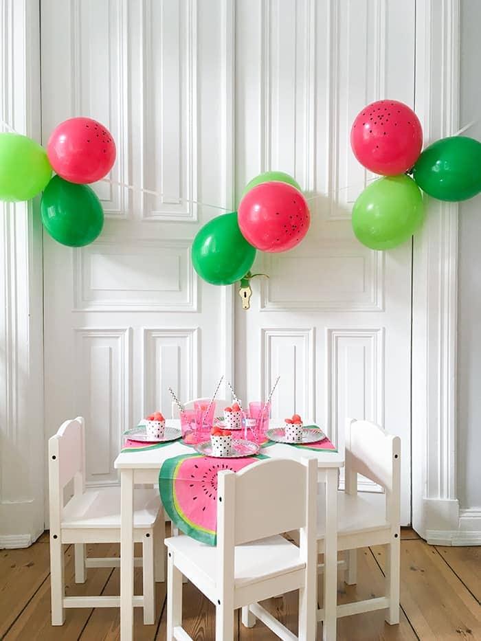 Tisch und Girlande Blogpost