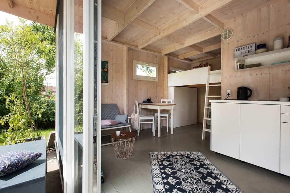 wow so k nnen gartenlauben auch aussehen ein paar besonders sch ne ideen f r balkone und. Black Bedroom Furniture Sets. Home Design Ideas